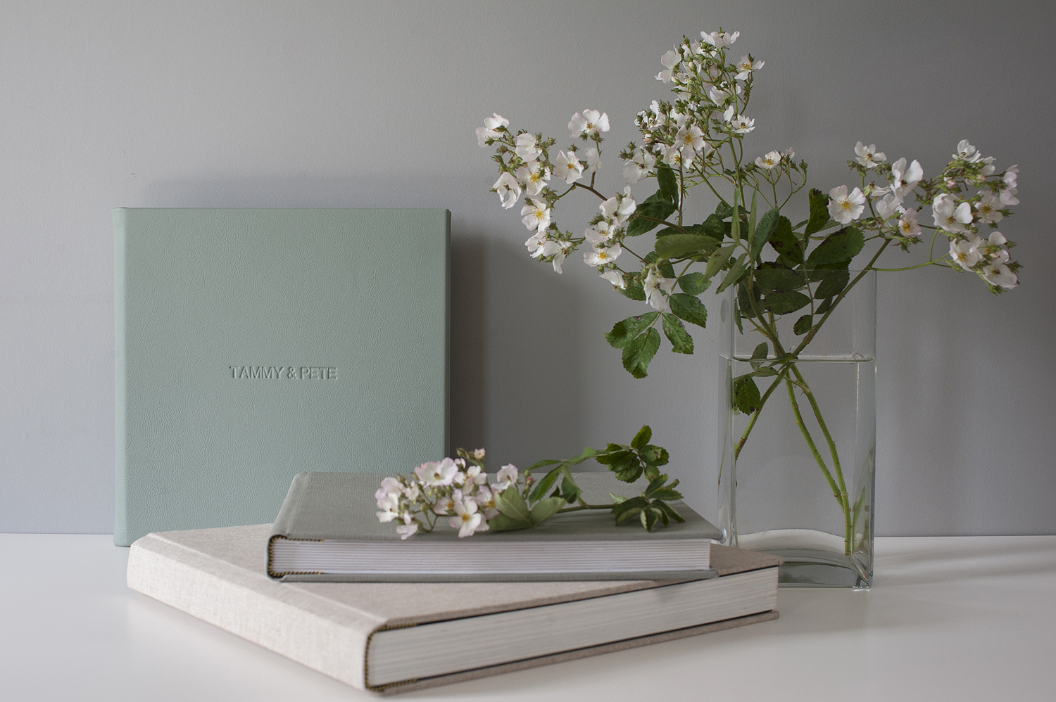 sarah fyffe photography fine art wedding albums